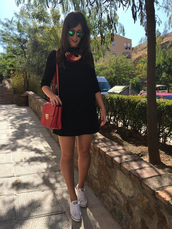 marikowskaya-street-style-irene-little-black-dress-1
