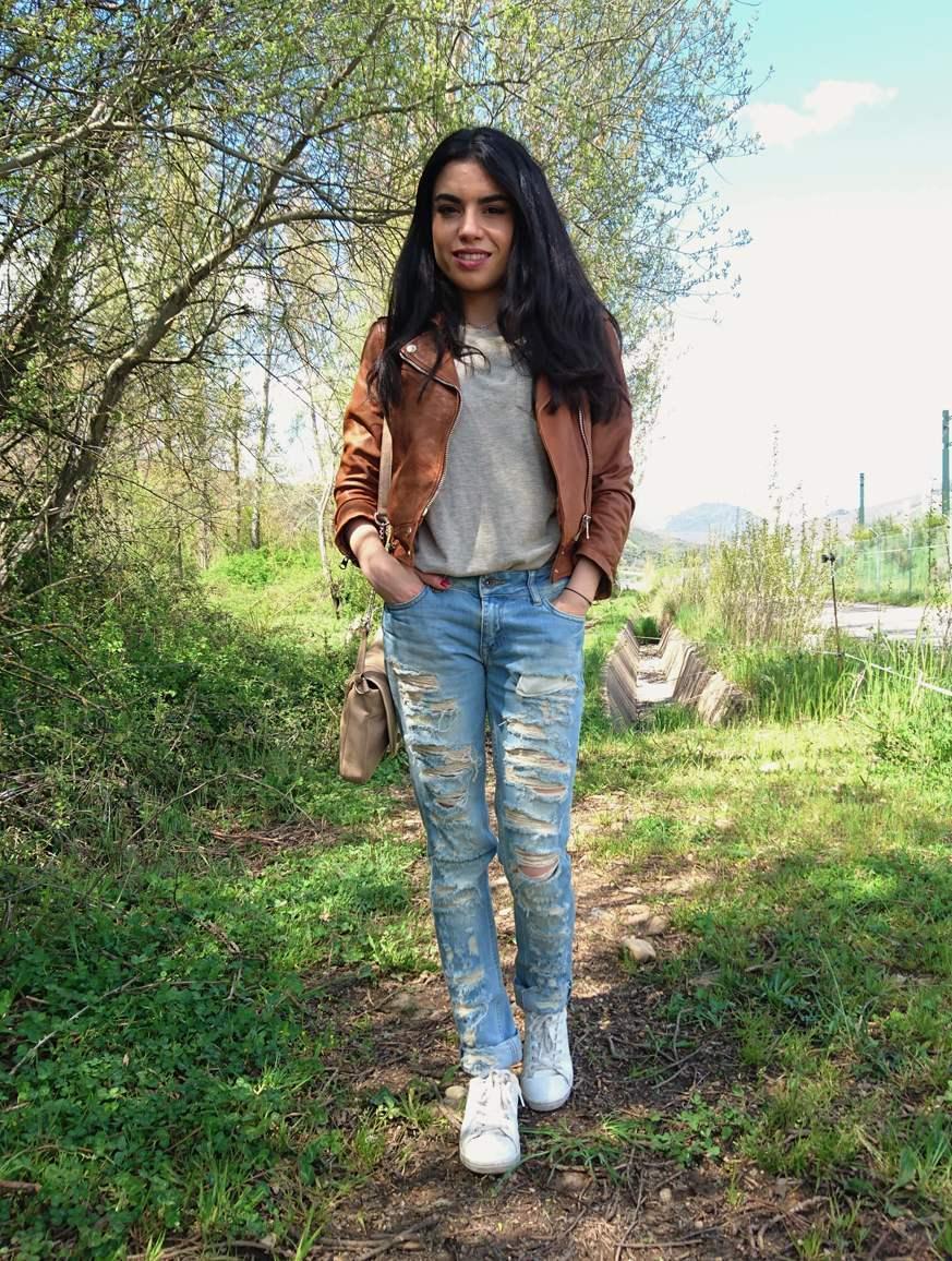 marikowskaya street style lu ripped jeans (4)