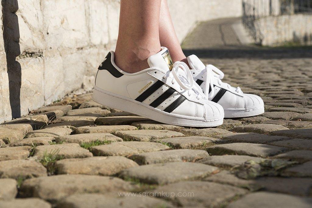 marikowskaya street style sara adidas superstar (1)
