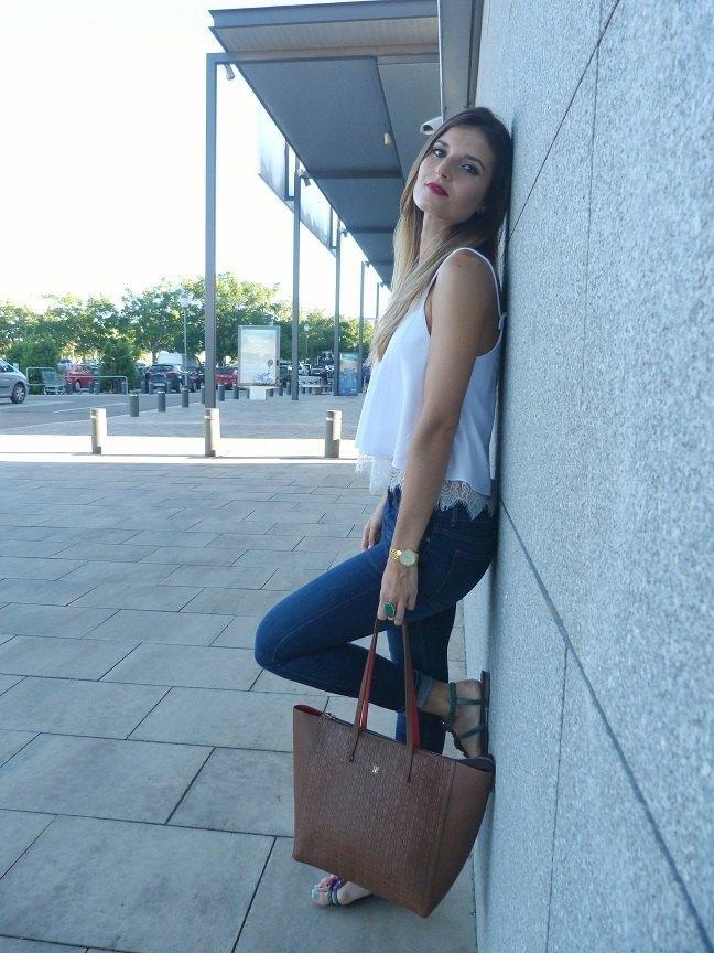 marikowskaya street style andrea bolso Carolina Herrera (3)