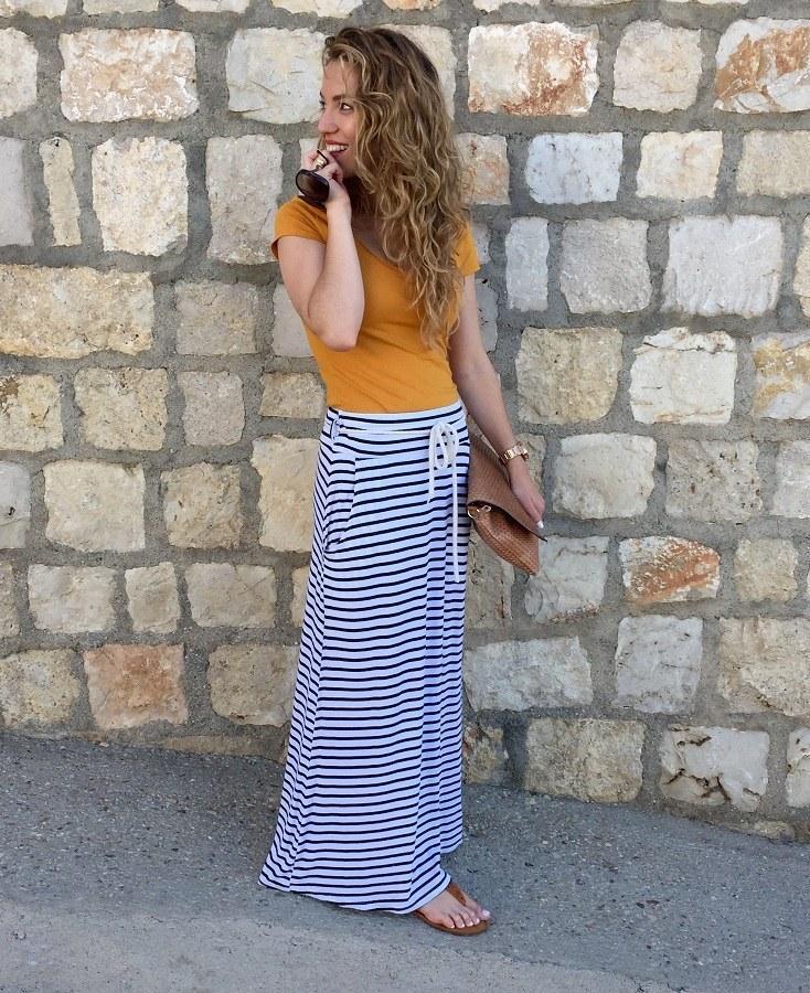 marikowskaya street style jennifer falda larga rayas (2)
