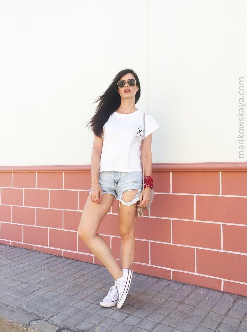 marikowskaya street style ripped jeans