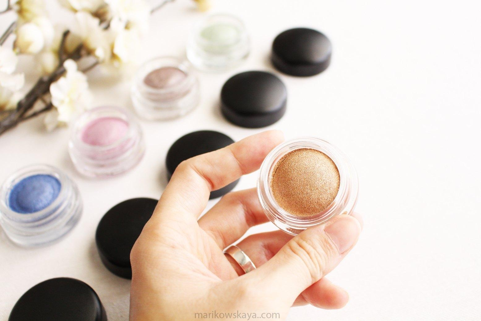 mac cosmetics soft serve eyeshadow cushy life
