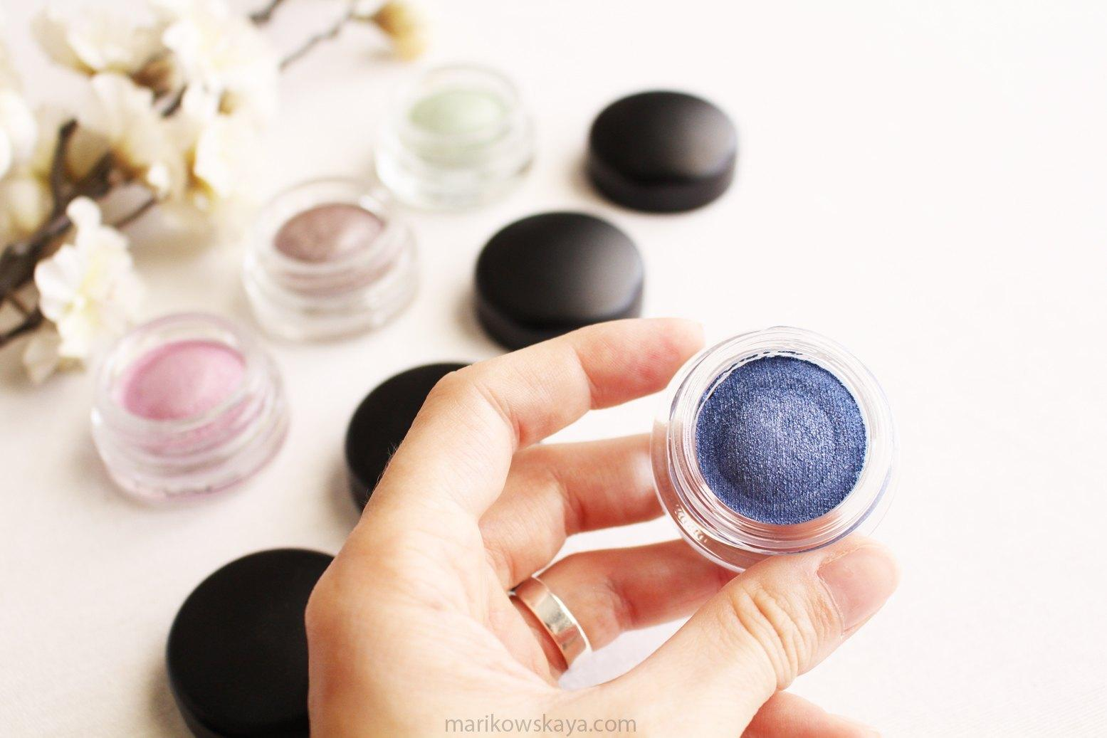 mac soft serve eyeshadow big bad blue