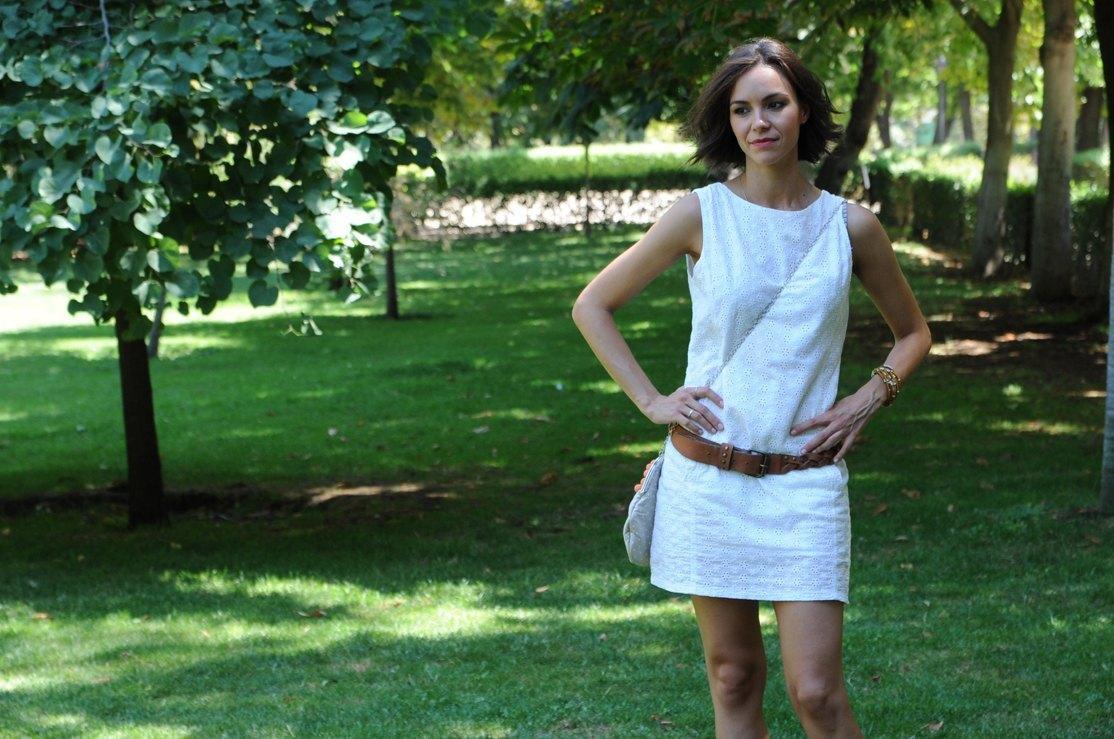 marikowskaya street style bea vestido blanco (4)