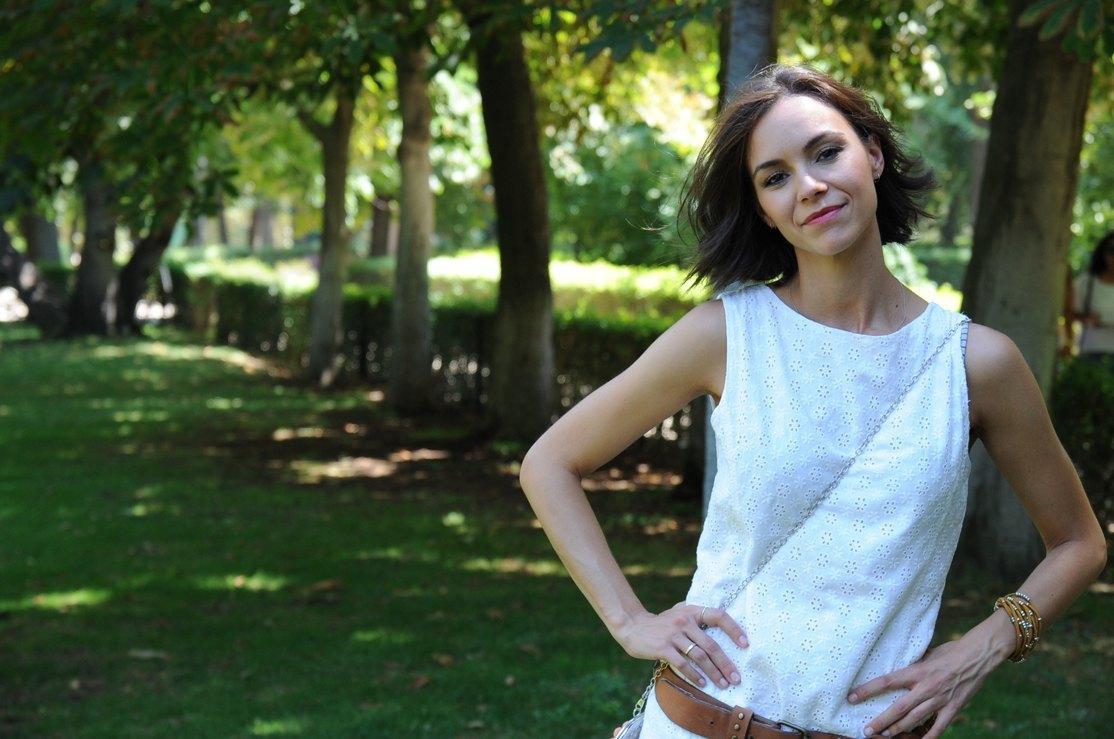 marikowskaya street style bea vestido blanco (5)
