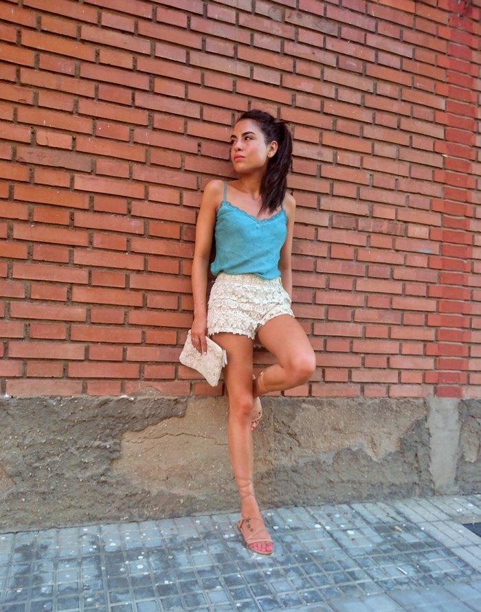 marikowskaya street style lu shorts crochet (5)