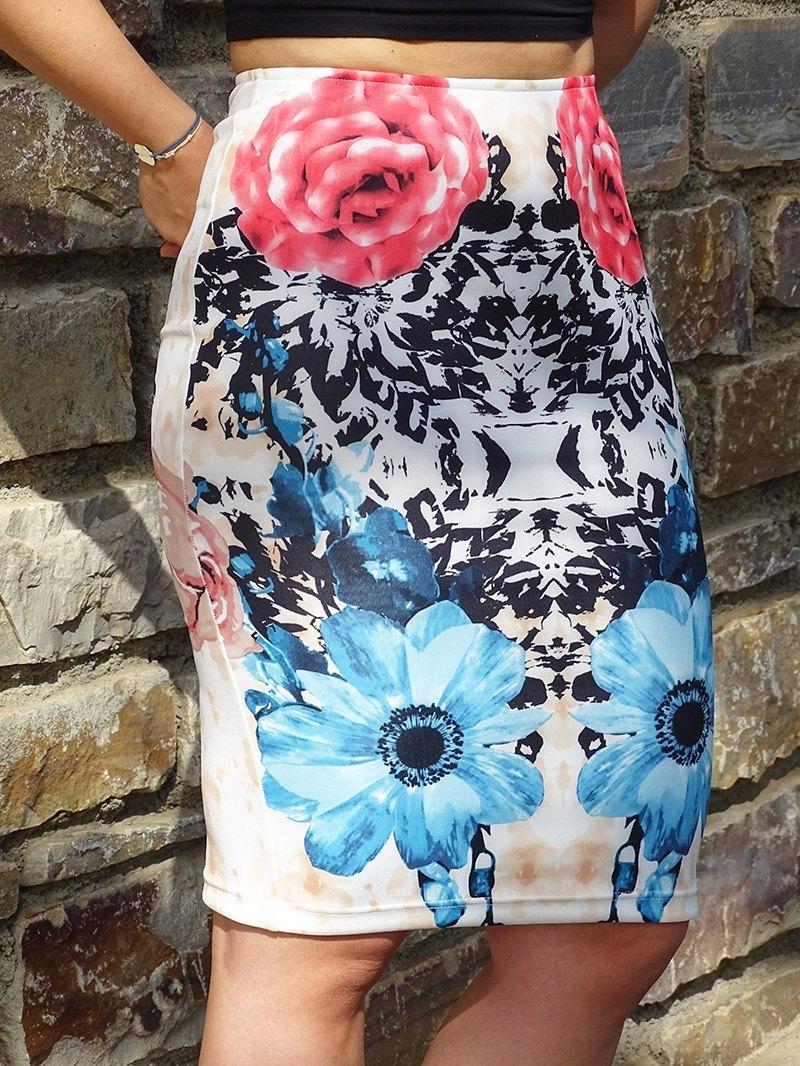 marikowskaya street style patricia falda tubo flores (11)