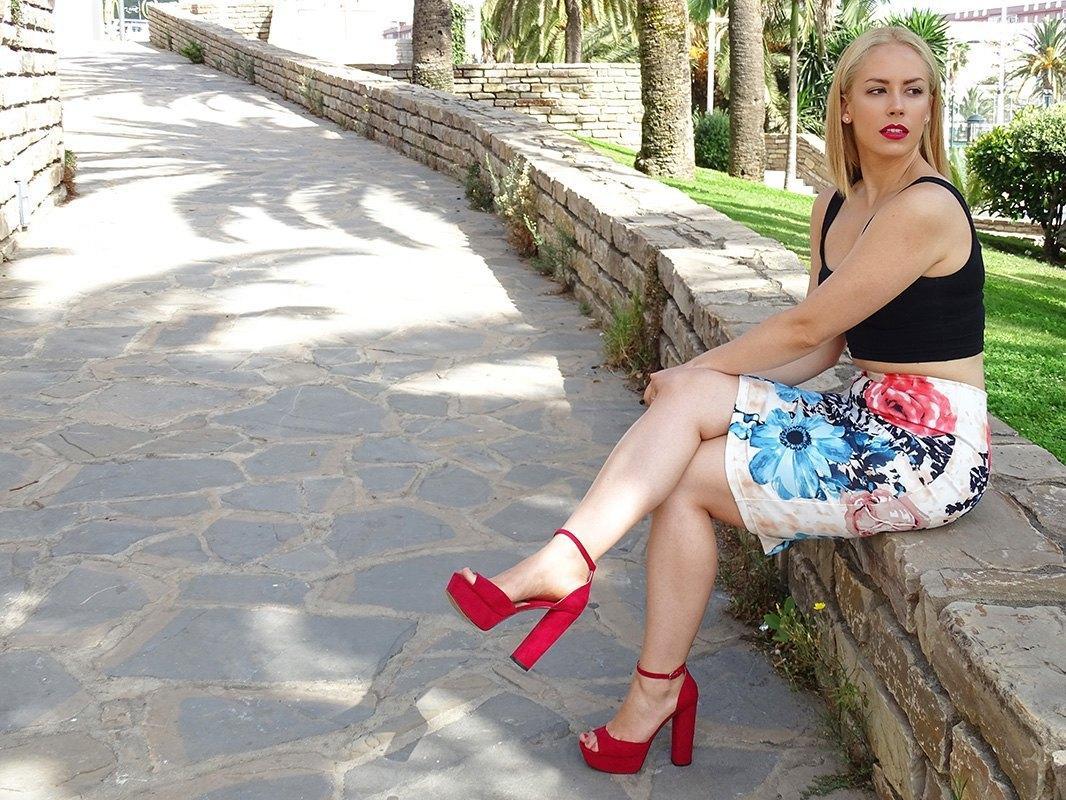 marikowskaya street style patricia falda tubo flores (4)