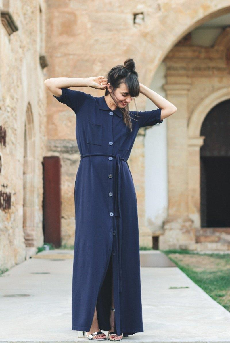 marikowskaya-street-style-amparo-blue-zara-dress-5