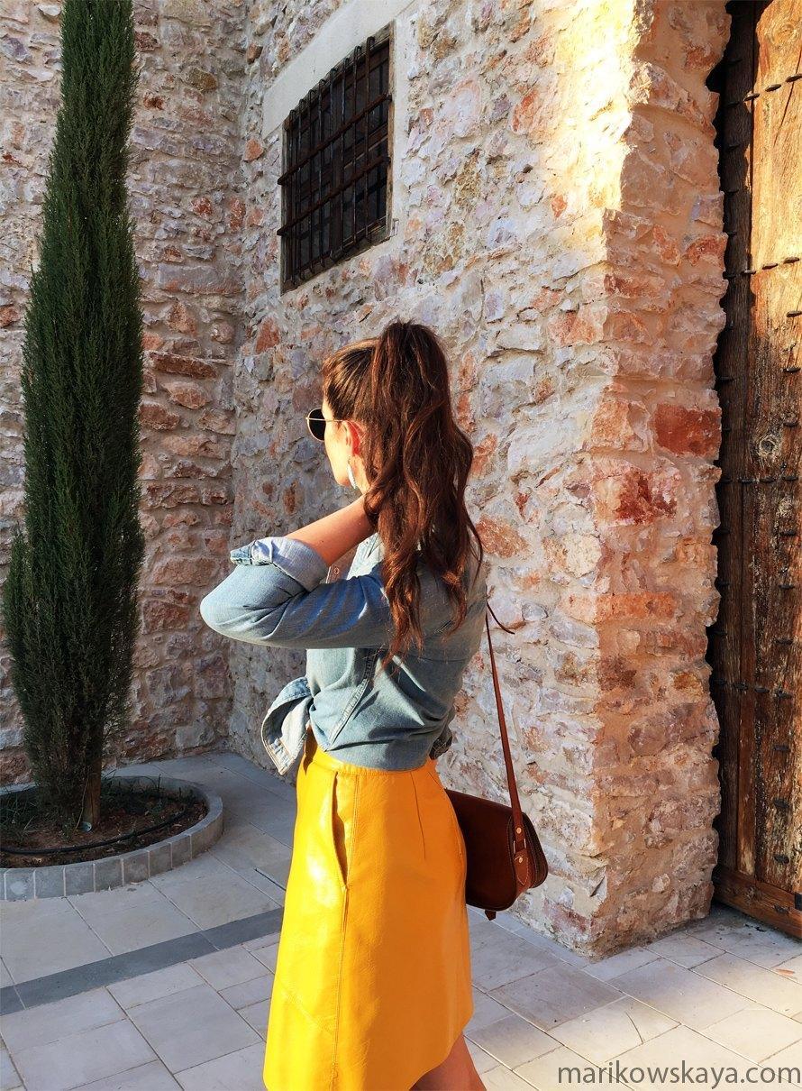 marikowskaya-street-style-falda-amarilla-10