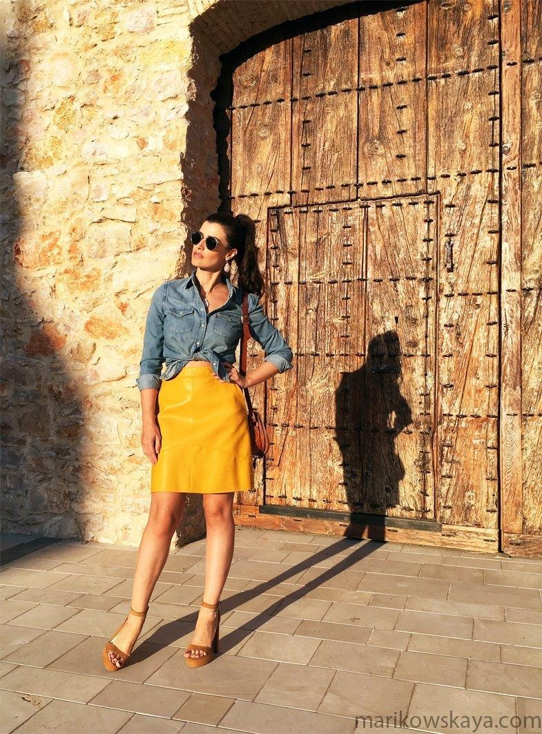 marikowskaya-street-style-falda-amarilla-2