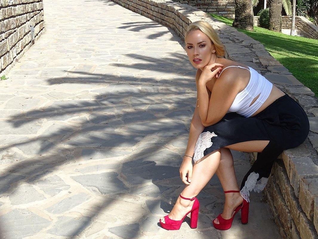 marikowskaya-street-style-slip-skirt-4