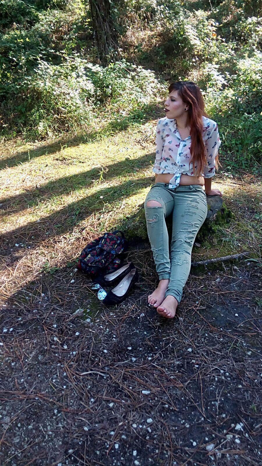 marikowskaya-street-style-yoli-ripped-jeans-7