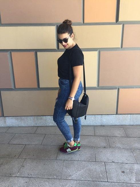 marikowskaya-street-style-amanda-ripped-jeans-1