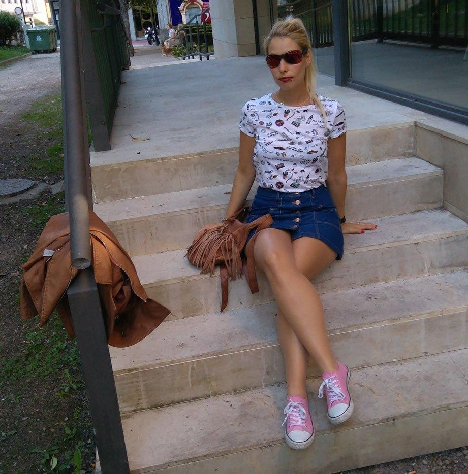 marikowskaya-street-style-paula-falda-vaquera-6