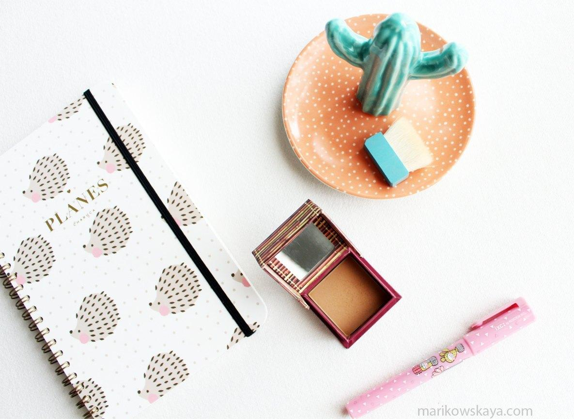 ride-or-die-makeup-tag-benefit-hoola