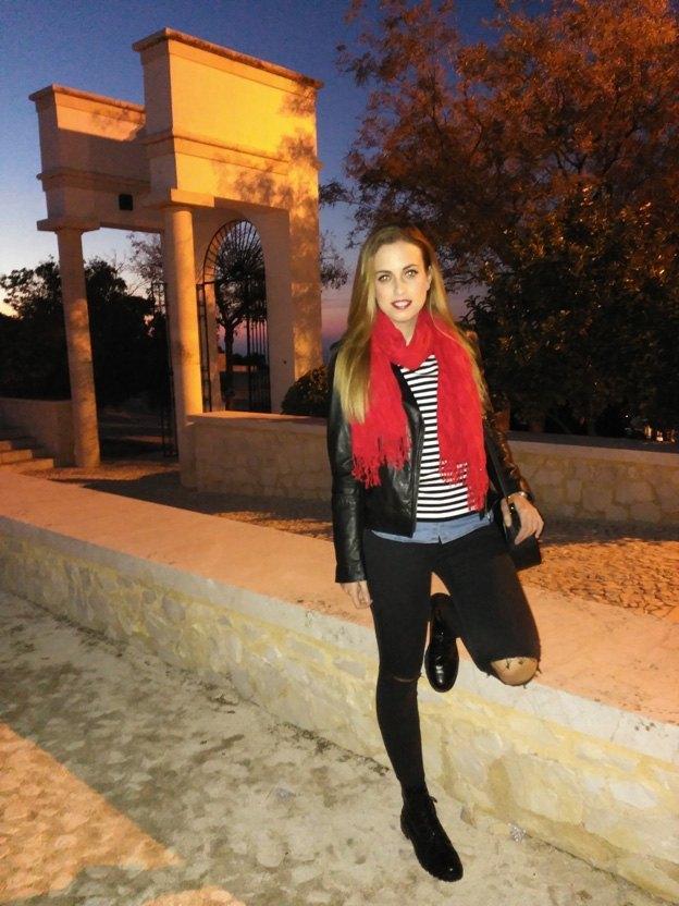 marikowskaya-steet-style-nuria-ripped-jeans-2