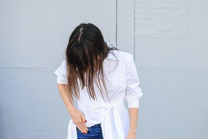 marikowskaya-street-style-amparo-white-dress-6