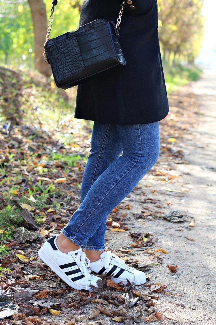 marikowskaya-street-style-carmen-adidas-superstar-1