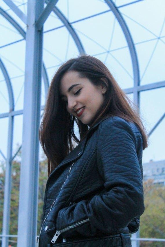 marikowskaya-street-style-deire-mom-jeans-1