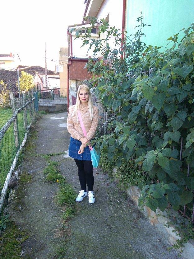 marikowskaya-street-style-paula-chaleco-de-pelo-4