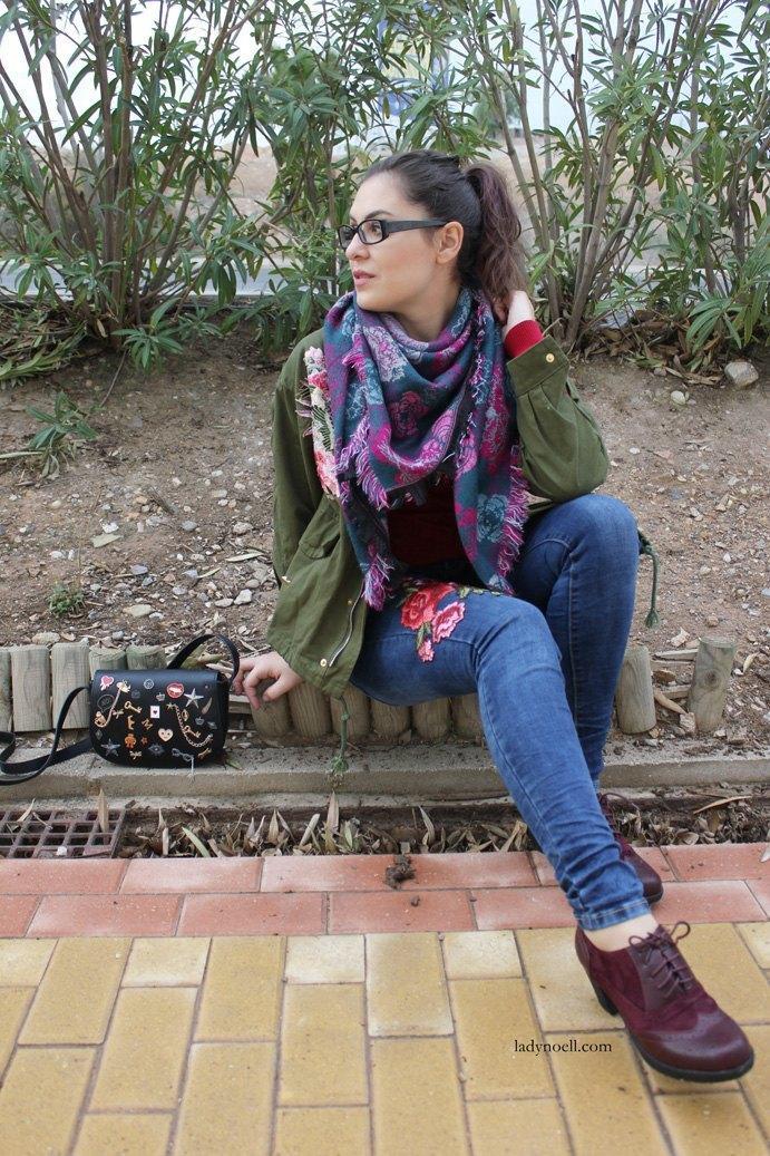 marikowskaya-street-style-noelia-jeans-bordados-flores-5
