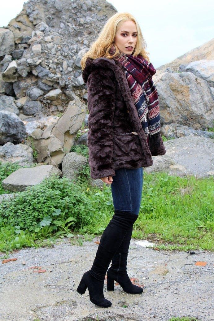 marikowskaya-street-style-patri-botas-altas-5