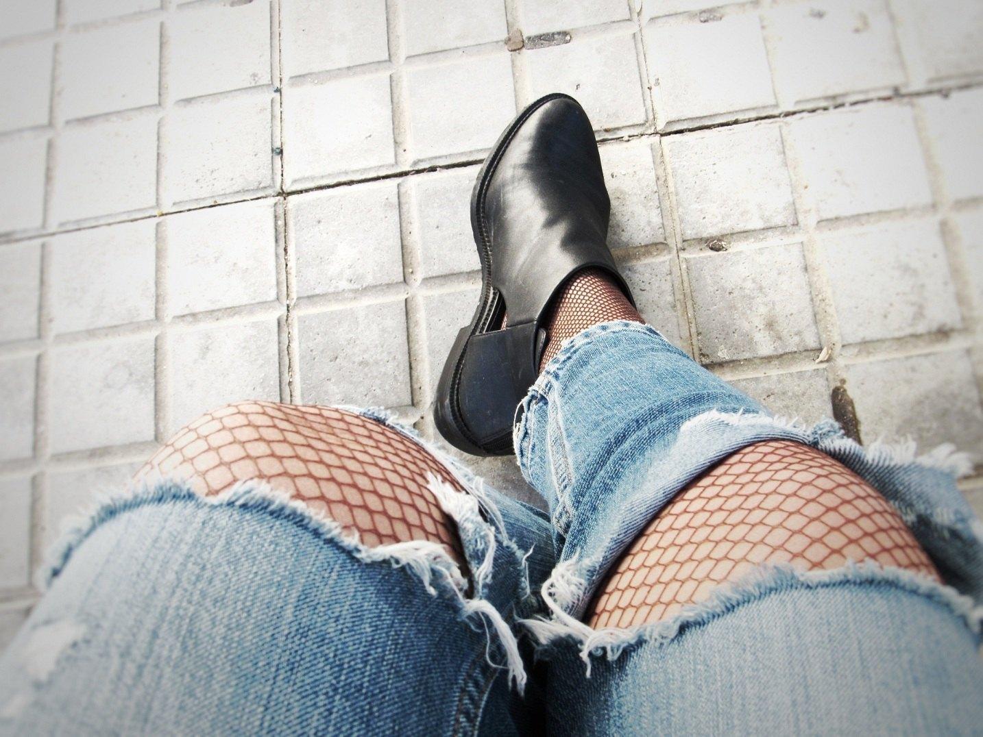 marikowskaya-street-style-patricia-ripped-jeans-3