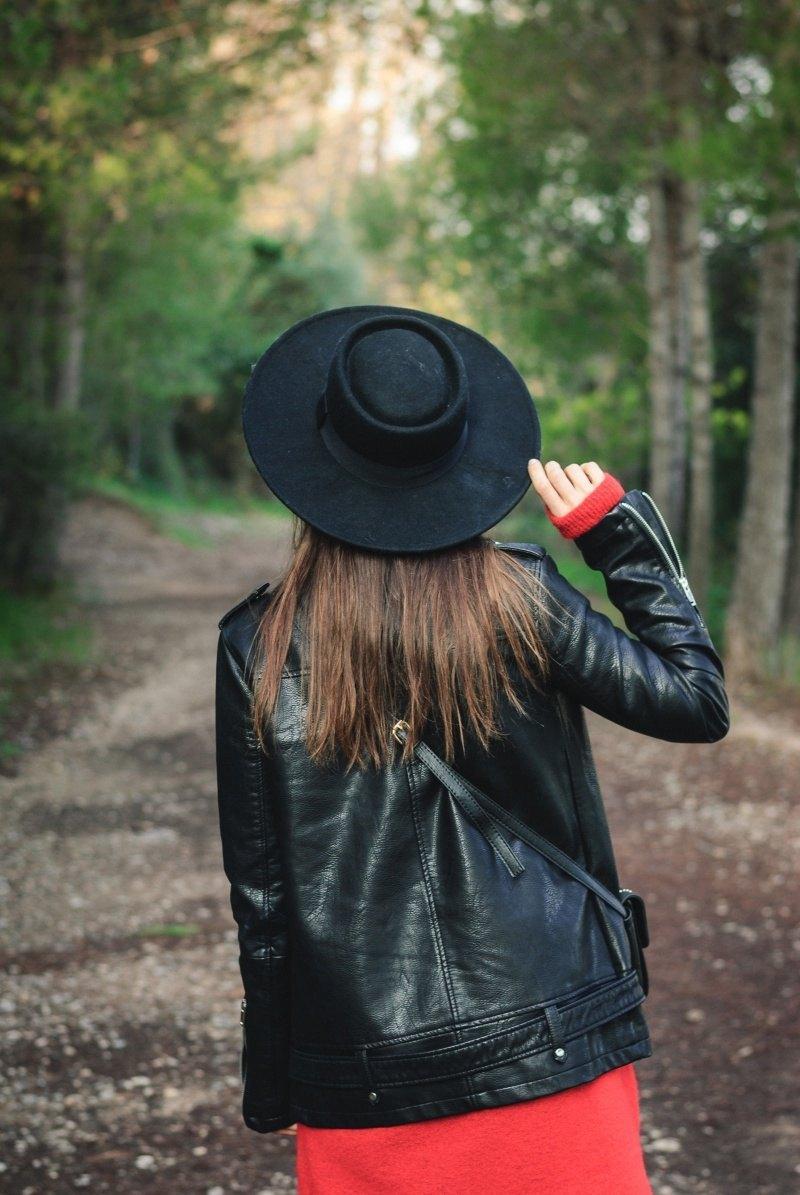 marikowskaya street style amparo sombrero negro (4)