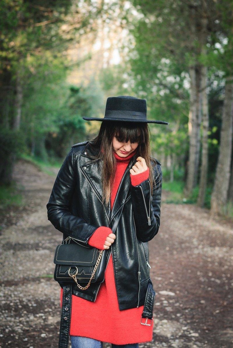 marikowskaya street style amparo sombrero negro (6)