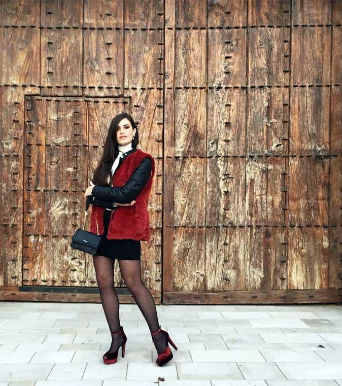 marikowskaya-street-style-chaleco-pelo-10
