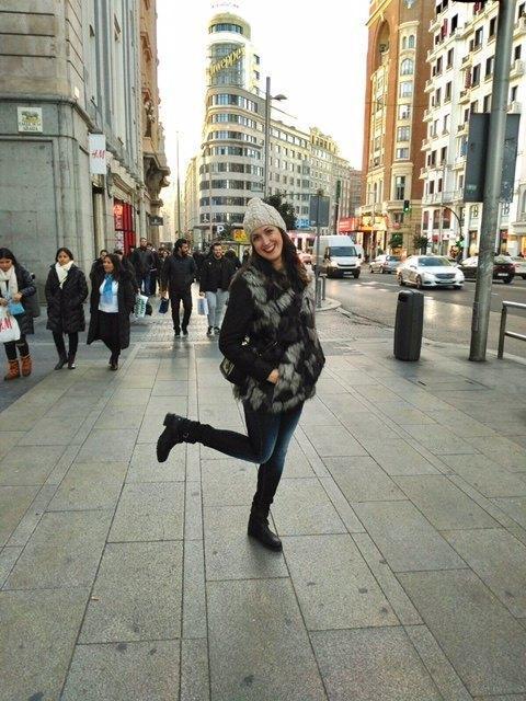marikowskaya street style irene chaleco pelo (2)