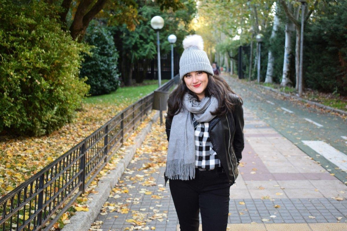 marikowskaya-street-style-nataly-gorrito-de-lana-1