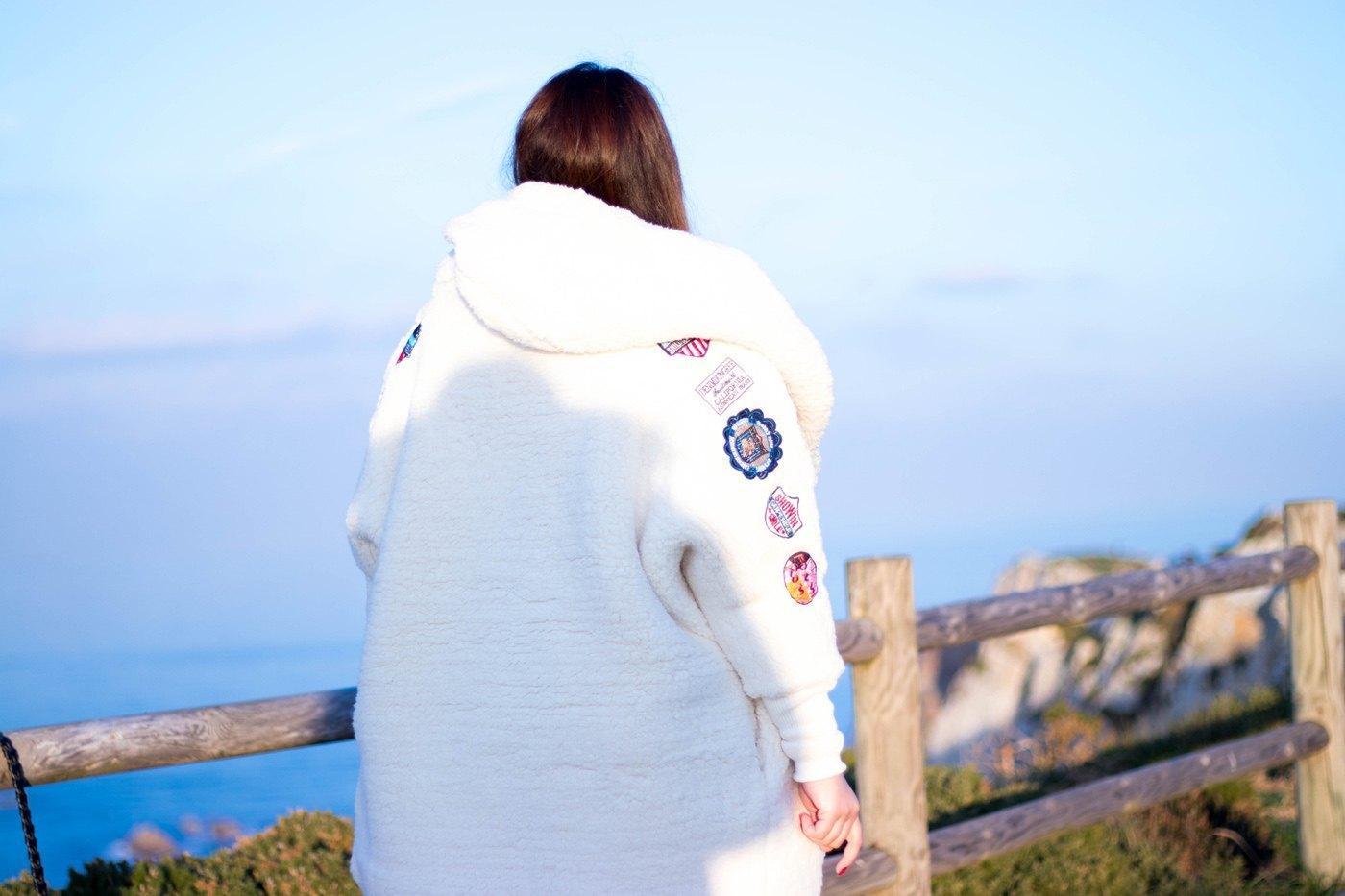 marikowskaya street style alba abrigo blanco (2)