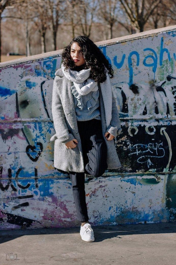 marikowskaya street style lu abrigo gris (1)