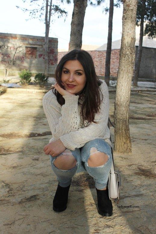 marikowskaya street style noelia ripped jeans (7)
