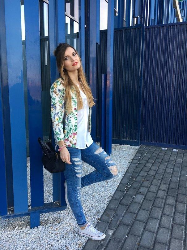 marikowskaya street style andrea ripped jeans (4)