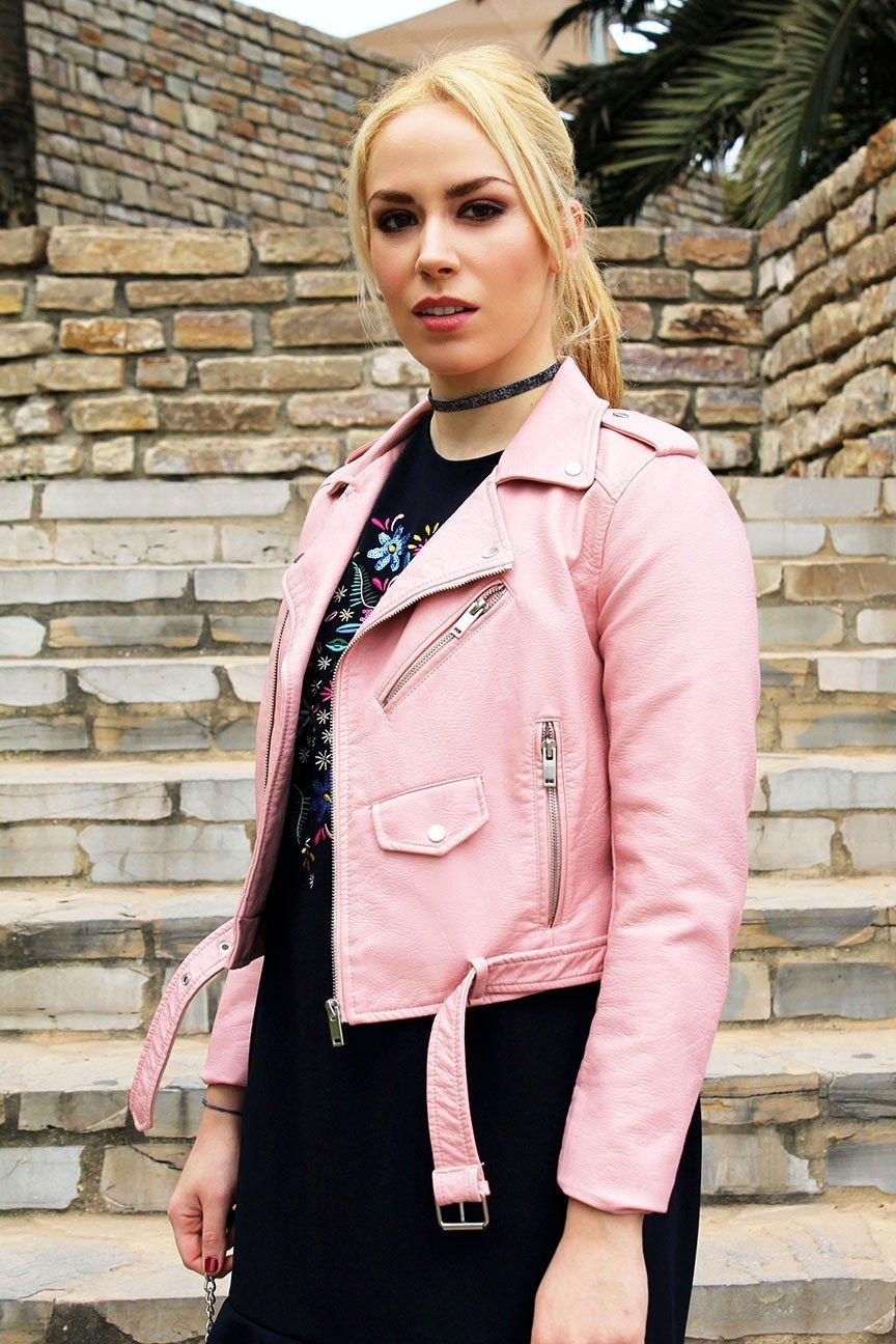 marikowskaya street style patri biker rosa (1)