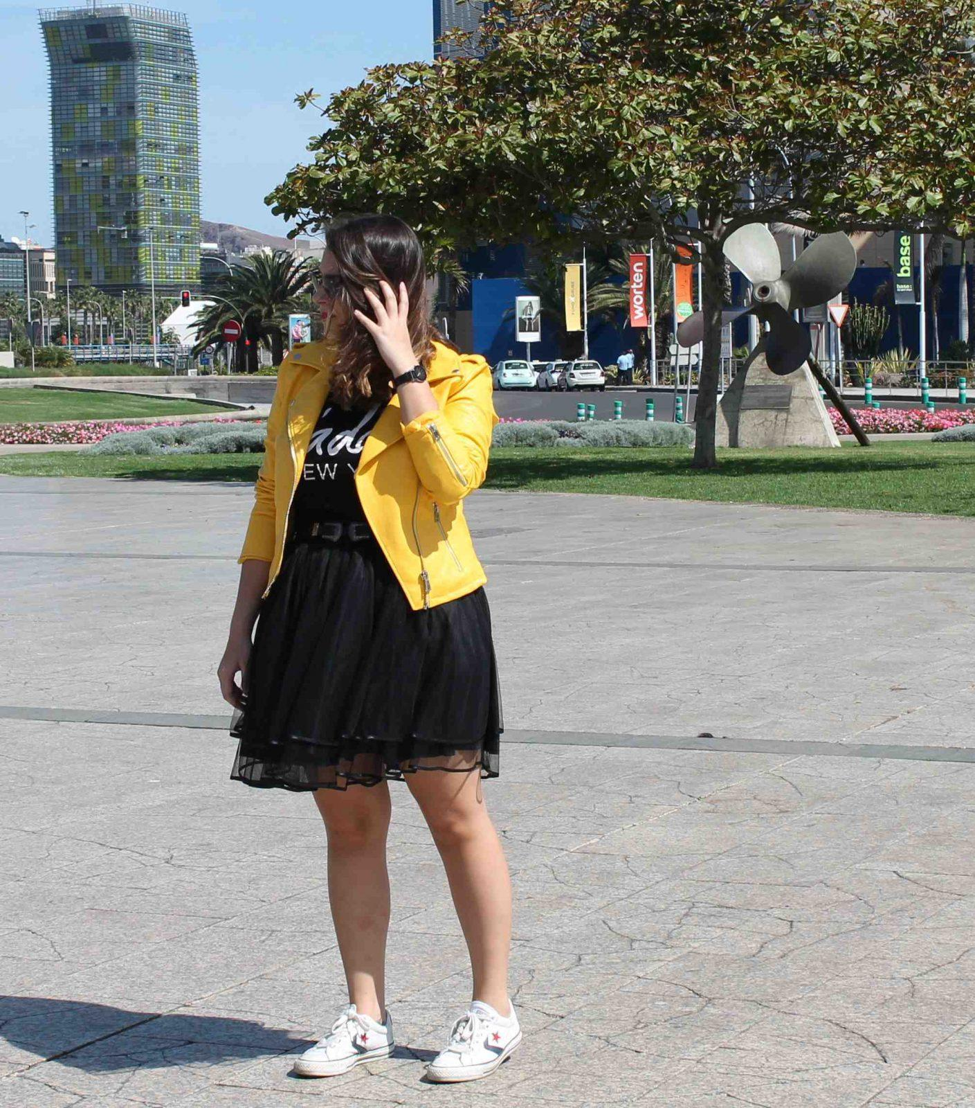 marikowskaya street style amanda chaqueta amarilla zara (5)