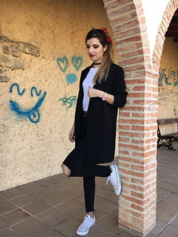 marikowskaya street style andrea blazer negra larga (3)