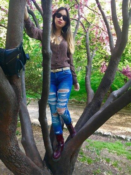 marikowskaya street style daniela ripped jeans (4)