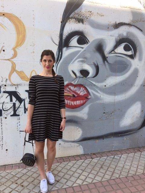 marikowskaya street style irene vestido rayas (2)