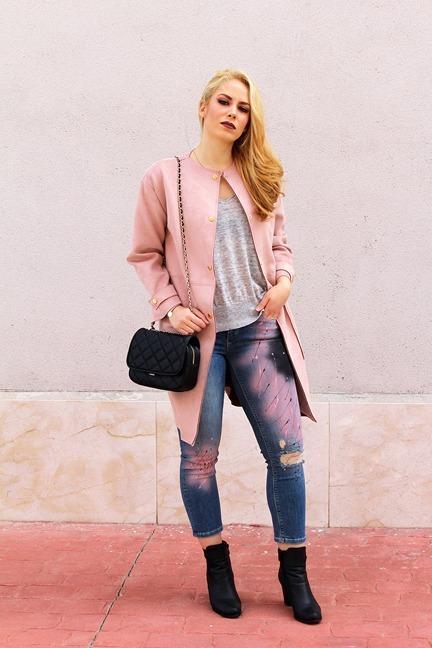 marikowskaya street style patripaan abrigo rosa (7)