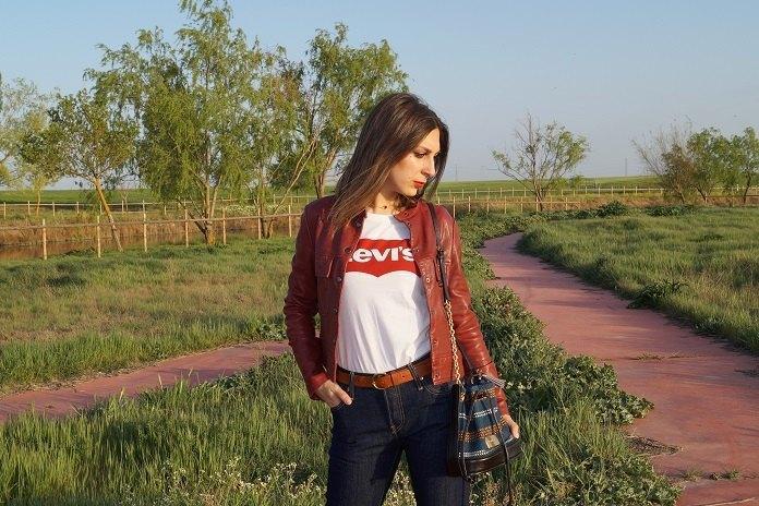 marikowskaya street style lorena camiseta levis (5)