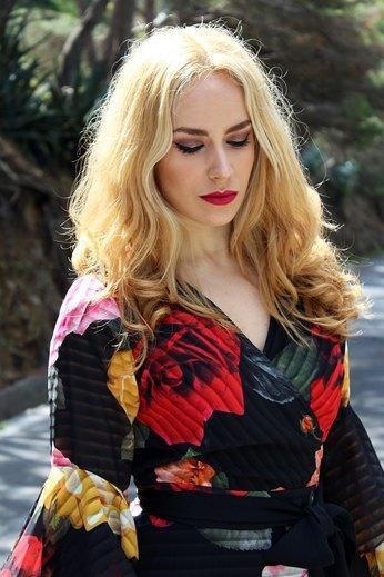marikowskaya street style patripaan vestido flores (1)