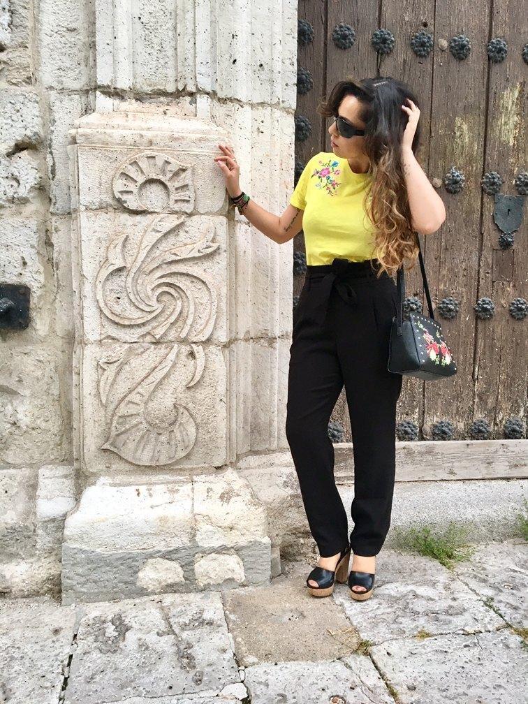 marikowskaya street style patry camiseta amarilla (3)