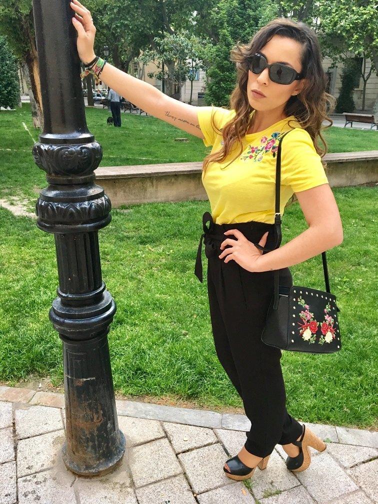 marikowskaya street style patry camiseta amarilla (6)